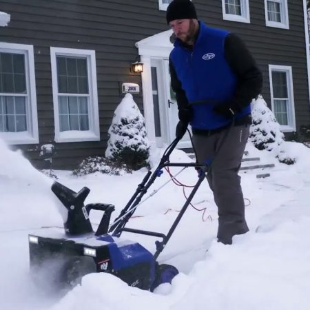 Best Snow Joe Snow Blower – Review & Buying Guide