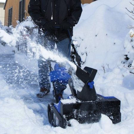 Best Cordless Snow Blower – Review & Buying Guide
