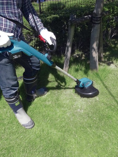 Best Makita String Trimmer – Review & Buying Guide