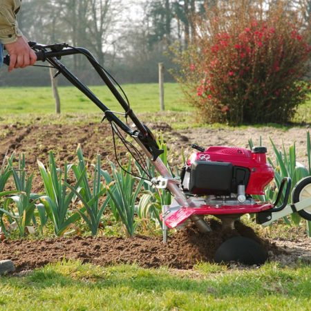 Best Earthquake Tiller – Review & Buying Guide