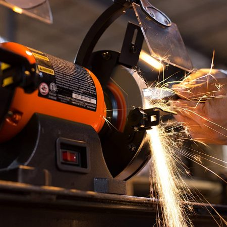 Best Bench Grinder — Review & Buying Guide